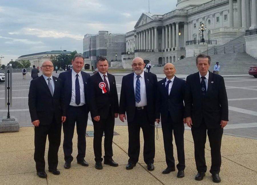 Capitol Hall 09-2019 (2)